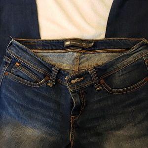 Levis Demi Curve Skinny Jeans